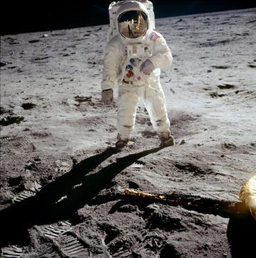 Pisadas en la Luna